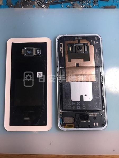 HTC U11 螢幕維修 清除殘膠
