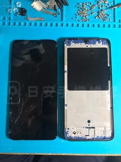 小米 紅米7 螢幕維修拆除壞掉螢幕