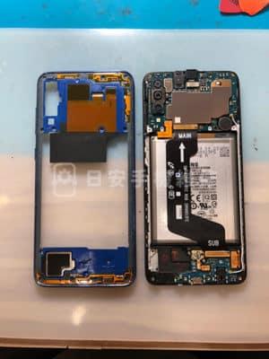 Samsung 三星 A70 拆卸螢幕中框保護蓋